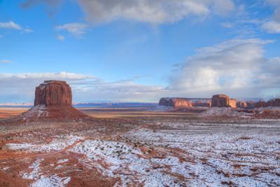 Sunrise, Merrick Butte on left, Spearhead Mesa on right, Monument Valley Navajo Tribal Park, Utah,  by Richard Maschmeyer