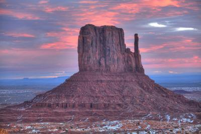 Sunrise, West Mitten Butte, Monument Valley Navajo Tribal Park, Utah, United States of America, Nor by Richard Maschmeyer