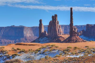 Totem Pole and Yei Bi Chei, Monument Valley Navajo Tribal Park, Utah, United States of America, Nor by Richard Maschmeyer