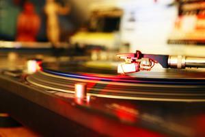 DJ Turntable by Richard Newstead