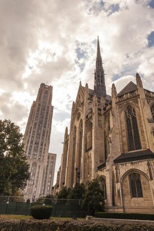 Heinz Memorial Chapel and Cathedral of Learning on the Campus of University of Pittsburgh