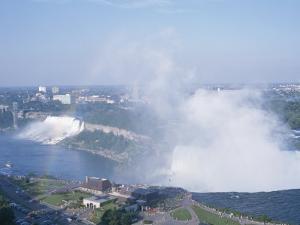 Niagara Falls by Richard Nowitz