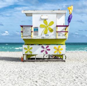 Miami Beach VII by Richard Silver