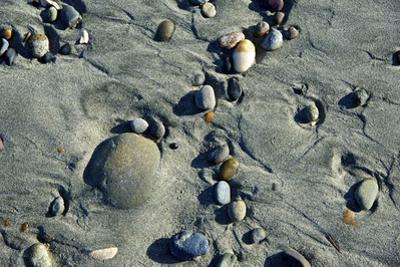 Haida Gwaii Islands, British Columbia. Beach Stones by Richard Wright