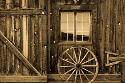Ridgway Colorado, historic Centennial Ranch Barn built in 1994 by Vince Kotny