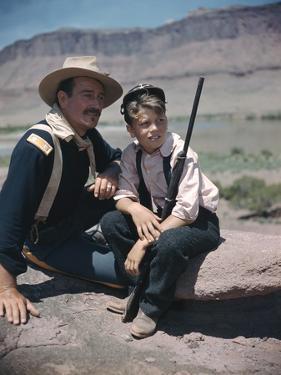 RIO GRANDE, 1950 directed by JOHN FORD John Wayne and his son Patrick (photo)