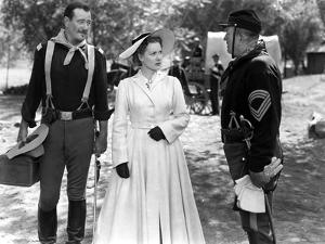 RIO GRANDE, 1950 directed by JOHN FORD John Wayne, Maureen O'Hara and Victor McLaglen (b/w photo)