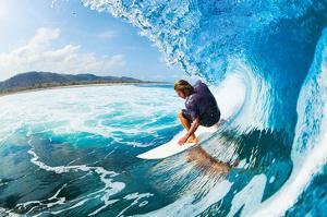 Rippin' the Mad Maui Curls
