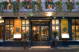 Paris Cafe I by Rita Crane