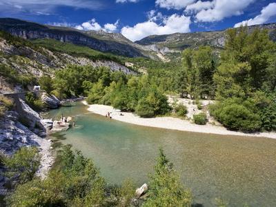https://imgc.allpostersimages.com/img/posters/river-verdon-gorge-du-verdon-provence-france-europe_u-L-PFNOP20.jpg?p=0