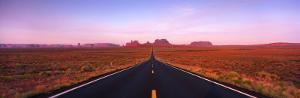 Road Monument Valley, Utah, USA