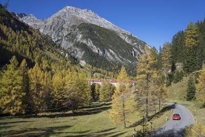 https://imgc.allpostersimages.com/img/posters/road-to-albula-pass-graubunden-swiss-alps-switzerland-europe_u-L-PWFH330.jpg?p=0