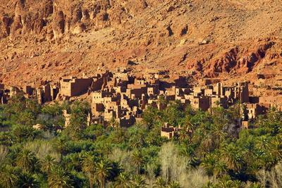 https://imgc.allpostersimages.com/img/posters/road-to-todra-gorge-with-oasis-tinghir-morocco-north-africa-africa_u-L-PQ8RYB0.jpg?p=0