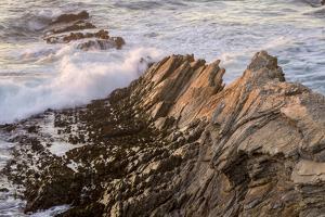 Waves Along the Coast, Montana de Oro SP, Los Osos, California by Rob Sheppard