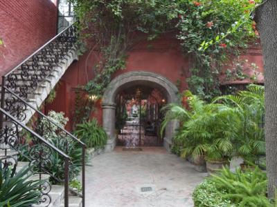 Casa Luna Quebrada, San Miguel De Allende, Guanajuato, Mexico by Rob Tilley