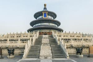 China, Beijing. Temple of Heaven, Hall of Prayer for Good Harvests. by Rob Tilley