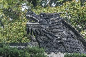 China, Shanghai. Yu Garden dragon. by Rob Tilley