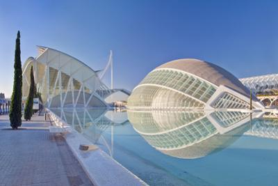 City of Arts and Sciences, Valencia, Spain by Rob Tilley