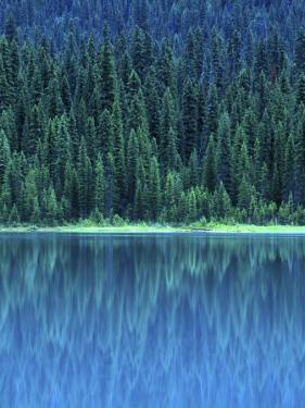 Emerald Lake Boathouse, Yoho National Park, British Columbia, Canada by Rob Tilley