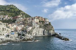 Italy, Cinque Terre, Manarola by Rob Tilley