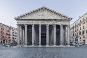 Italy, Rome, Pantheon by Rob Tilley