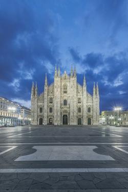 Milan Cathedral at Dawn by Rob Tilley