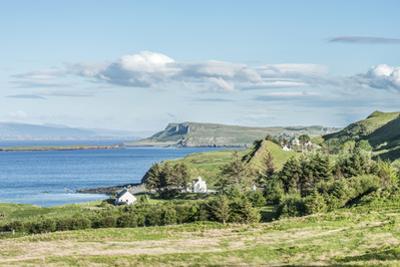 UK, Scotland, Isle of Skye, Trotternish Peninsula by Rob Tilley