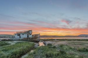 USA, California, Point Reyes National Seashore, Shipwreck sunrise by Rob Tilley