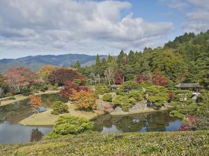 Yokuryuichi Pond, Shugakuin Imperial Villa, Kyoto, Japan by Rob Tilley