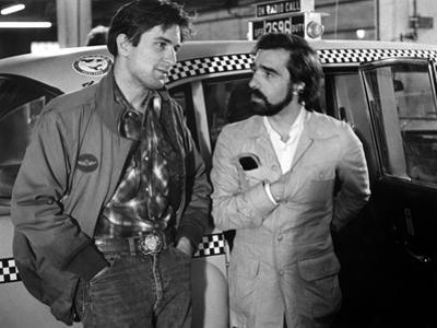 Robert by Niro and le realisateur Martin Scorsese sur le tournage du film Taxi Driver, 1976 (b/w ph