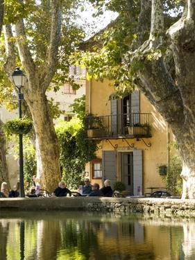 Cucuran, Provence, Vaucluse, France, Europe by Robert Cundy