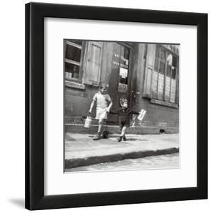 Rue Marcellin Berthelot, Choisy-Le-Roi, c.1945 by Robert Doisneau