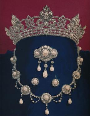 'Parure of Diamonds and Pearls - The Gift of HRH The Prince of Wales', 1863 by Robert Dudley