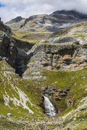 Cola de Caballo waterfall below Monte Perdido at the head of the Ordesa Valley, Ordesa National Par by Robert Francis