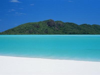 Whitehaven Beach, Queensland, Australia by Robert Francis