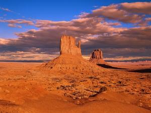 The Mittens at Monument Valley by Robert Glusic