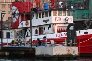 NYFD Fireboat by Robert Goldwitz