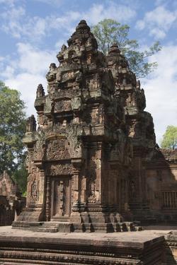 Banteay Srei Hindu Temple, Nr Angkor, Siem Reap, Cambodia by Robert Harding