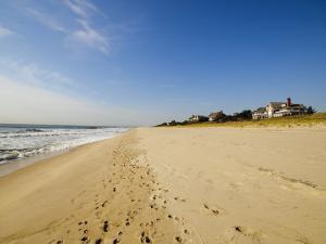 Main Beach, East Hampton, the Hamptons, Long Island, New York State, USA by Robert Harding