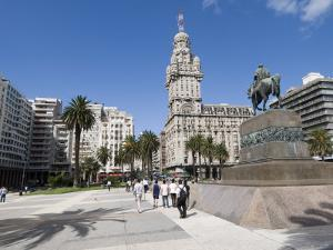 Palacio Salvo, on East Side of Plaza Independencia, Montevideo, Uruguay by Robert Harding