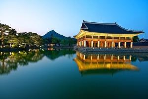 Gyeonghoeru Pavilion, Gyeongbokgung Palace, Seoul by Robert Koehler