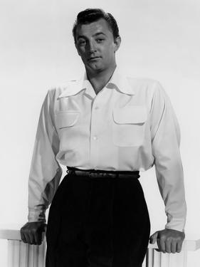 ROBERT MITCHUM early 50'S (b/w photo)