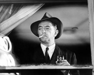 Robert Mitchum, Farewell, My Lovely (1975)