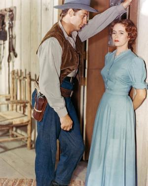 Robert Mitchum, Pursued (1947)