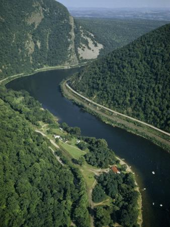 Delaware River Flows Through Kittatinny Range Near Mount Tammany by Robert Sisson