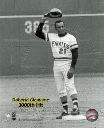 Roberto Clemente - 9/30/72 3000 Hit
