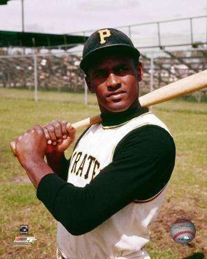 Roberto Clemente Posed