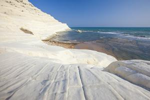 White cliffs known as Scala dei Turchi frame the turquoise sea, Porto Empedocle, Province of Agrige by Roberto Moiola