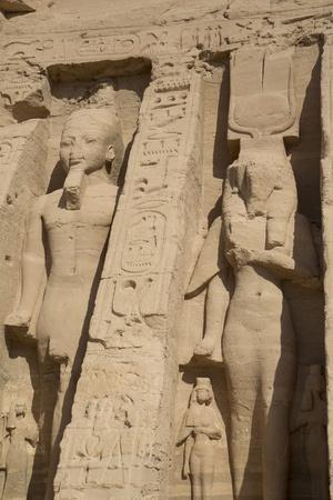 https://imgc.allpostersimages.com/img/posters/rock-hewn-statues-of-ramses-ii-on-left_u-L-PWFMA60.jpg?p=0