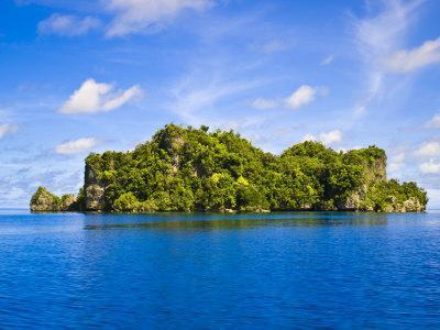 https://imgc.allpostersimages.com/img/posters/rock-islands-republic-of-palau-pacific_u-L-P91V8V0.jpg?artPerspective=n